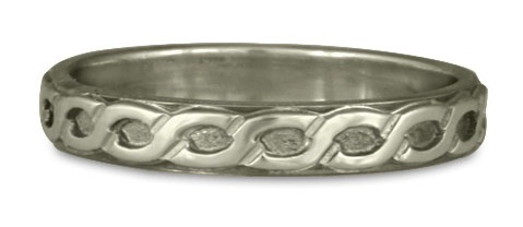 This Borderless Rope Wedding Ring, shown in Platinum, was handmade in our small Santa Fe studio.