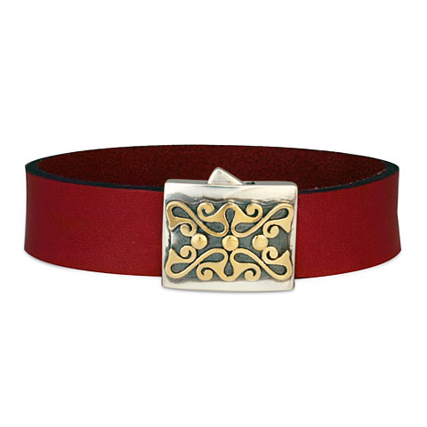 Prague Leather Bracelet in Plum Leather