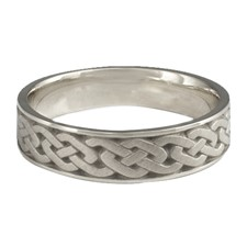 Narrow Celtic Link Wedding Ring in Stainless Steel