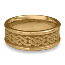 Narrow Self Bordered Celtic Link Wedding Ring in 14K Yellow Gold