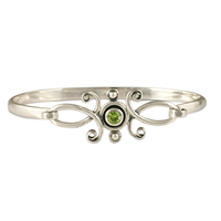 Viola Bracelet with Gem  in Peridot