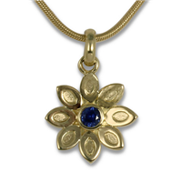 Aster Pendant in 14K Yellow Gold
