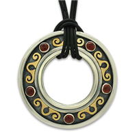 Messina Pendant with Gem in Garnet