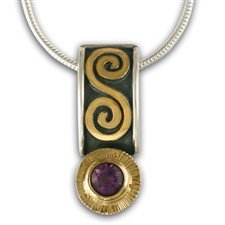 Keltie Pendant with Gem in Amethyst