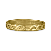 Borderless Rope Wedding Ring Flush in 18K Yellow Gold